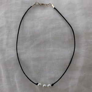 Jewelry - 3 pearl necklace